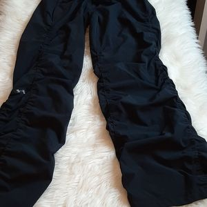 Under Armour Black Gathered Joggers S
